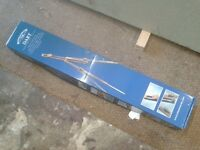 WINDSOR AND NEWTON DART EASEL- FREE TO COLLECT