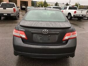 2011 Toyota Camry SE V6 LEATHER SUNROOF Oakville / Halton Region Toronto (GTA) image 4