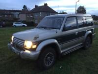 Winter 4wd Mitsubishi pajero exceed 2.5 turbo diesel automatic 7 seater mot august