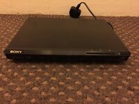 Sony DVP-SR170 DVD Player Scart Output Dolby Digital Region 2 Black