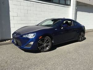 2016 Scion FR-S 6 Speed Manual Coupe!! Only 6000kms!!