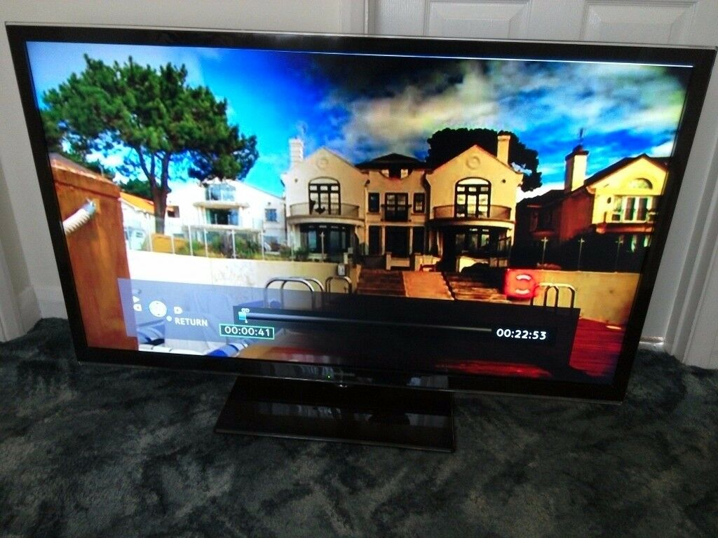 50 inch Panasonic Viera Full HD LED TV. Works well but Cheap as screen darker one side. See photos.