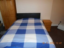 Fully furnished single room in shared house in BD1. Cheap rent includes all bills.