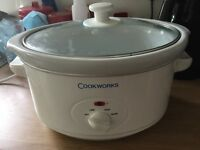Slow Cooker, used once. Large.