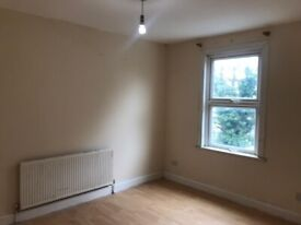 Lovley 4 Bed First Floor Flat to Let in Ilford
