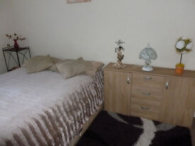 Double room available on NR6 for £100 all bill inclusive