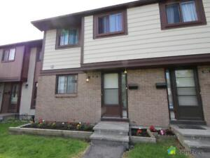 $210,000 - Townhouse for sale in Gloucester