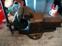 """Fortis 6"""" jaw bench vice quick release and anvil"""