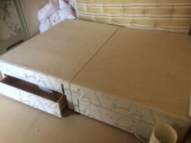 Double bed base free
