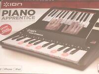 Ion piano apprentice adaptable with iPad