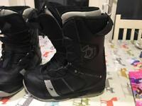 Northwave lady's snowboard boots US 7