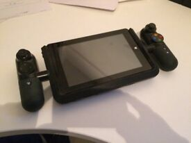 Linx Vision 8 inch Tablet with Xbox Controller