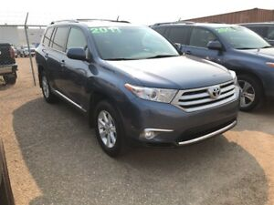 2011 Toyota Highlander V6, 7 PASSANGER, ONE OWNER