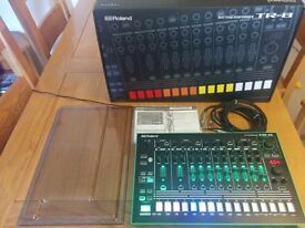 Roland Tr-8 with 7x7 Expansion and Decksaver Cover (Boxed Like New, Perfect Condition!)
