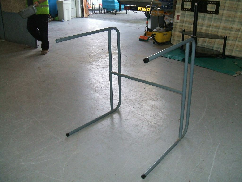 Exhibition Stand Gumtree : Sofa racking racks display stands collapsible