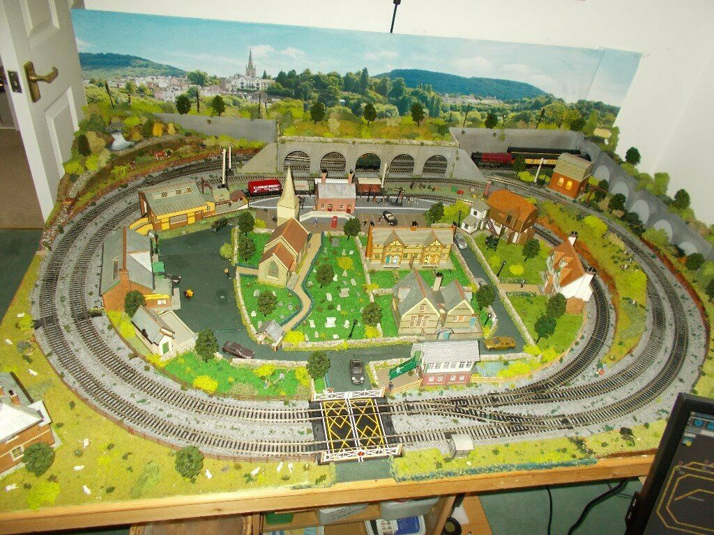 Hornby Train set layout 6' X 4'   in Portsmouth, Hampshire   Gumtree