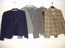 SELECTION OF LADIES SHORT STYLE JACKETS