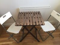 Wood garden table+ 2 chairs