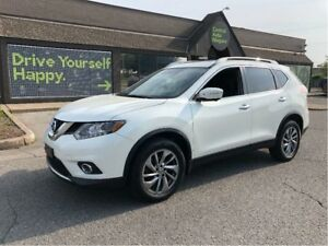 2015 Nissan Rogue SL / LEATHER / NAVIGATION / PANORAMIC SUNROOF