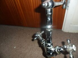 GOOD QUALITY PERIOD STYLE MIXER TAP