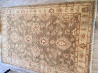 Beautiful Afghan Ziegler RUG showing no signs of wear ( 6ft X 4 ft ) A bargain at the price.
