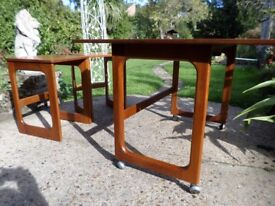 VINTAGE RETRO Teak folding nest of coffee side tables