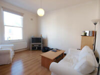 A modern 2 double bedroom ground floor split level flat in a period conversion in Finsbury Park