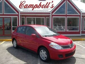 2009 Nissan Versa AUTO!!!! AIR!! POWER WINDOWS, LOCKS, MIR