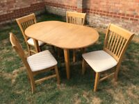 Extending Hardwood (Oak) table and 4 chairs
