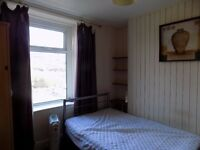 Fully furnished bedroom in Treforest. Fully inclusive rent.
