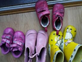 Clark girl shoes size 4F,4H, 5 &4