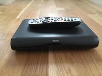 Mini Sky HD Box and controller