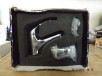 nabis hot/cold tap with push up drain in new condition