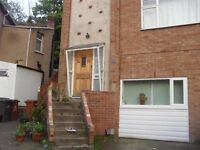 FANTASTIC FLAT, RECENTLY BEEN COMPLETELY RENOVATED