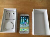 Apple iPhone 7 - 32GB - Silver (Unlocked) Smartphone-no scratch on screen