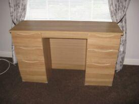 6 Drawer Desk