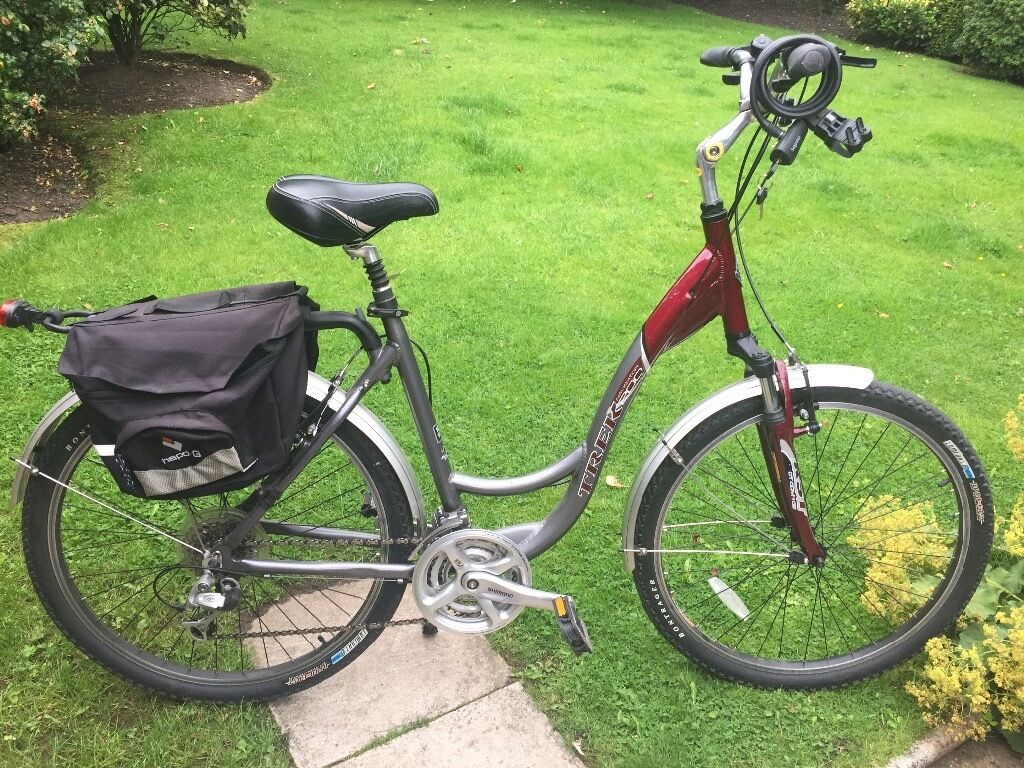 Ladies Trek Navigator 200 Hybrid Bike In Knutsford Cheshire