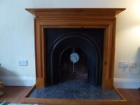 Fireplace surround and mantlepiece - Cast iron and Wood - good condition