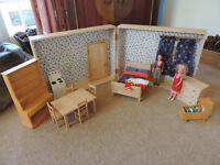 Vintage Dolls Wooden Fold Out Room/Dolls House from 'Tridias' circa 1970's