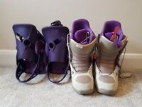 Womens size 5 (uk) Burton boots and clip-ons for snowboard.
