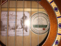 Art & Lutherie - Ami Parlour Guitar £150