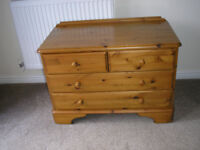 """""""DUCAL"""" CHEST OF DRAWERS"""
