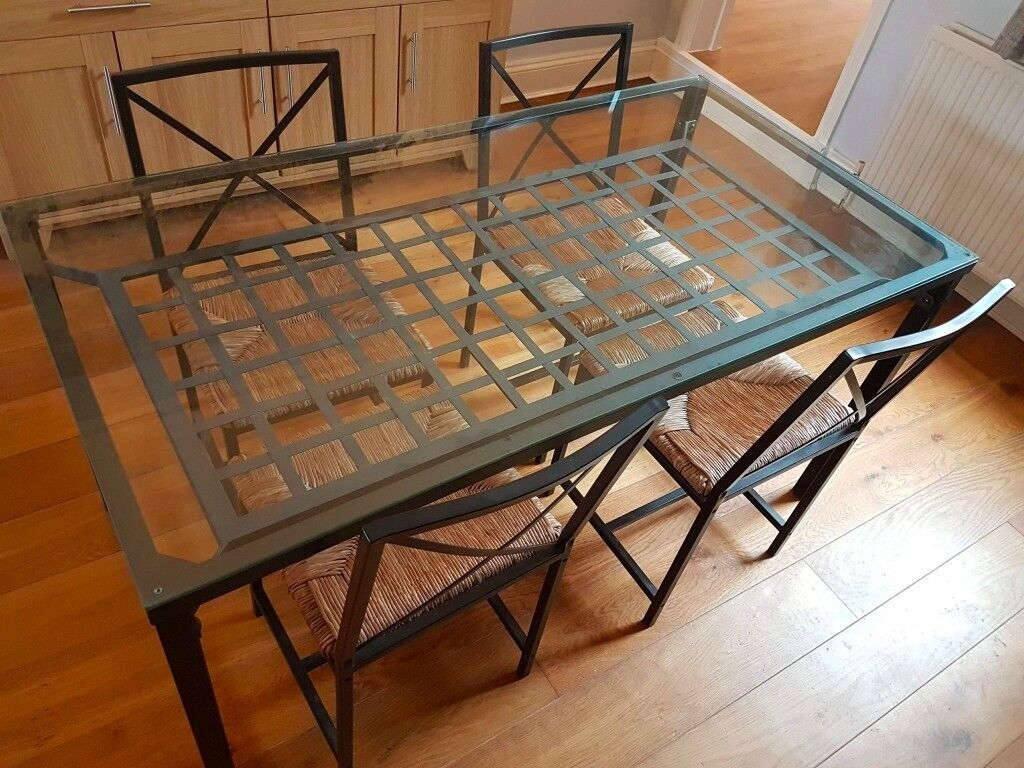 Ikea gran s glass dining table and 4 chairs in wells for Tavolo granas ikea
