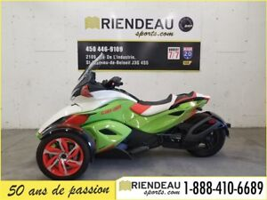 2015 Can-Am Spyder ST-S Special Series