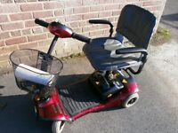 SHOPRIDER CAMEO CAR BOOT SIZED MOBILITY SCOOTER WITH NEW BATTERIES FITTED,CARRIES 18 STONE 10 MILES