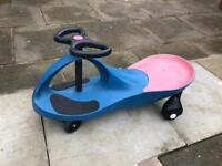 Wiggle /push along scooters