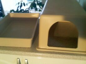 Large, Hood to go over Cat Litter Tray (Cream)