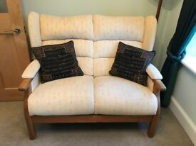 QUALITY 2 Seater Sofa on Oak Frame and Arms - In Excellent Condition