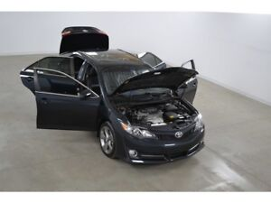 2014 Toyota Camry SE 2.5L GPS*Toit Ouvrant*Cuir/Suede*