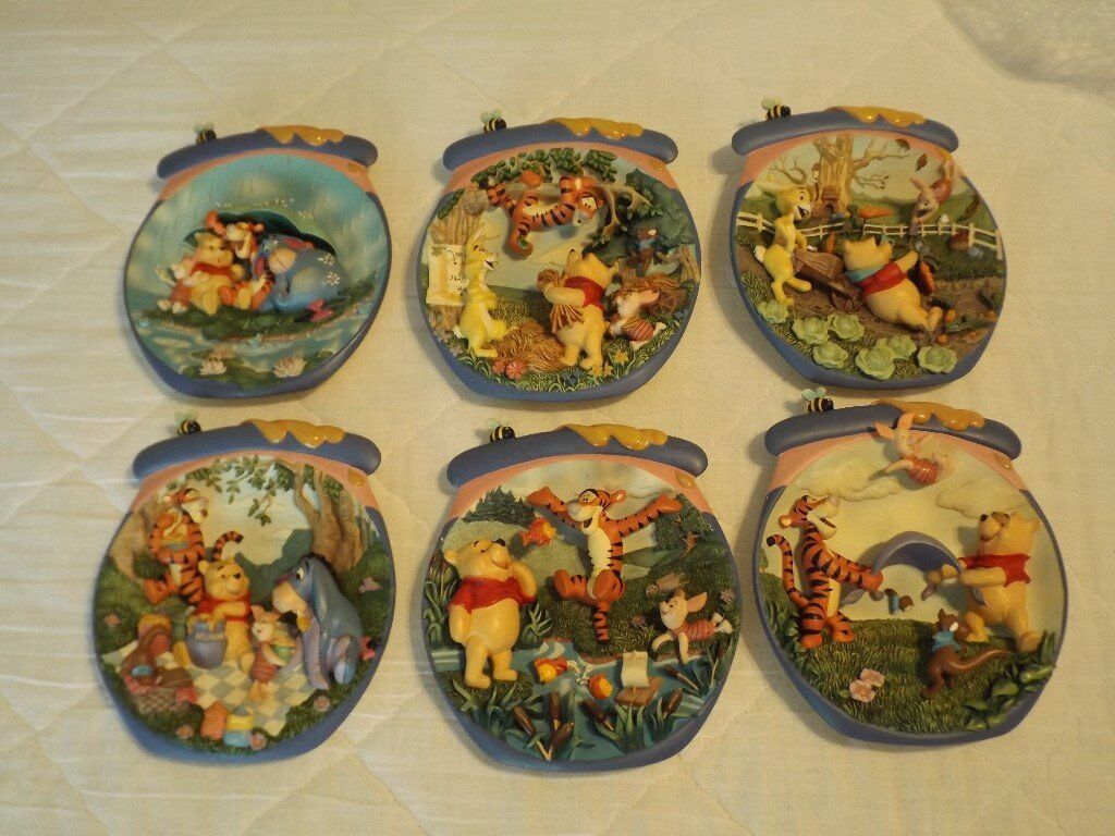 Winnie the Pooh Bradford Exchange Hunnypot Plate collection